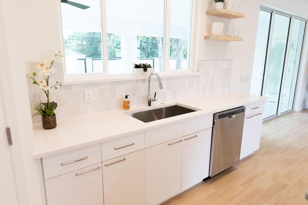 The Oaklen - Kitchen