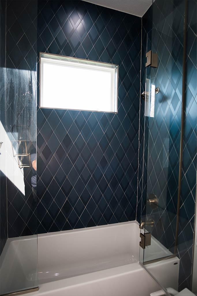 The Oaklen II - Bath Detail