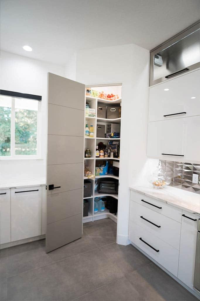The Oaklen II - Kitchen Detail