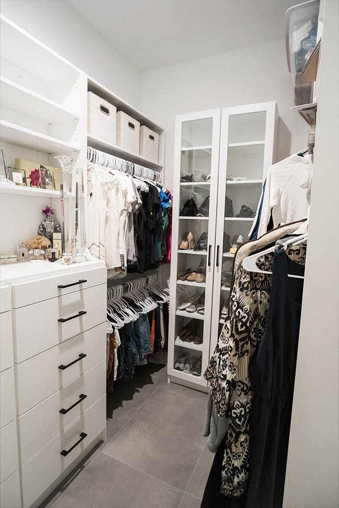 The Oaklen II - Master Closet